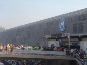 Metallgewebe_Maracanã_Bahnhofs